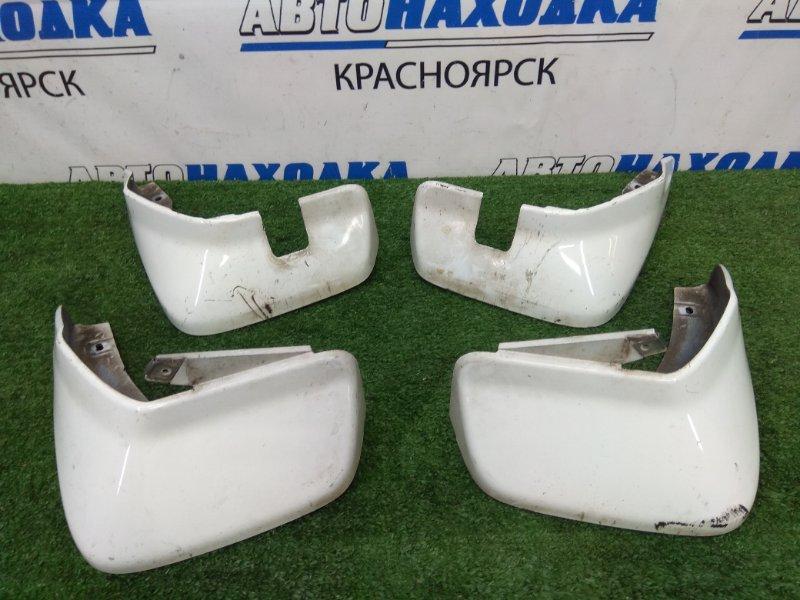 Брызговик Honda Fit Aria GD8 L15A 2002 комплект 4шт, белые (NH578), 1 модель (дорестайлинг), есть