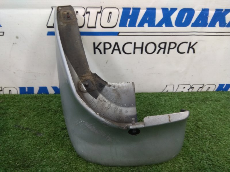 Брызговик Mazda Premacy CP8W FP-DE 1999 задний левый задний левый, серебристый (18G), есть царапинки