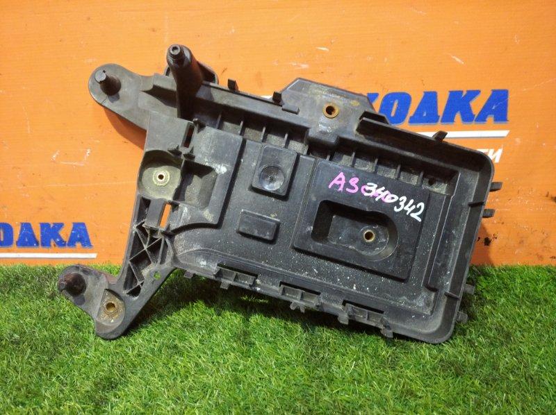 Полка под аккумулятор Audi A3 8PA BSE 2004 нижняя часть