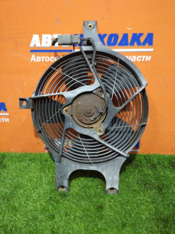 Вентилятор радиатора Nissan Terrano Regulus JTR50 ZD30DDTI 1996