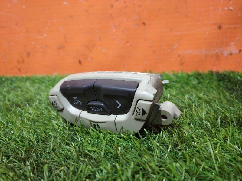 Кнопка руля Nissan Elgrand E51 VQ35DE 2002