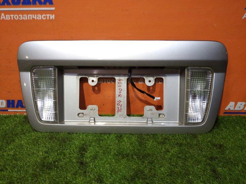 Накладка багажника Nissan Serena TC24 QR20DE 1999 2 мод, фонари 4900