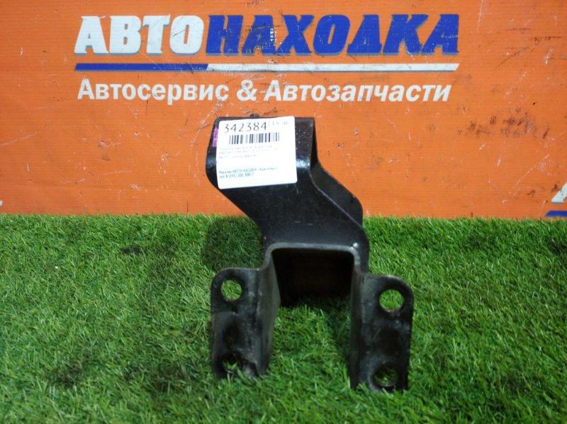 Подушка двигателя Mazda Titan WHS5T VS 2000 передняя правая МКПП с кронштейном