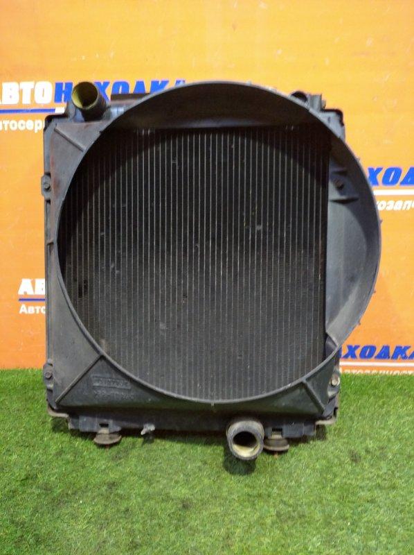 Радиатор двигателя Mitsubishi Canter FB501B 4M40 1996 +диффузор А/Т