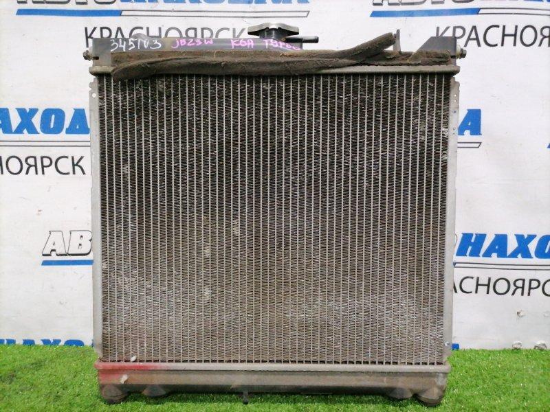 Радиатор двигателя Suzuki Jimny JB23W K6A-T 1998 без трубок охлаждения, с диффузором,