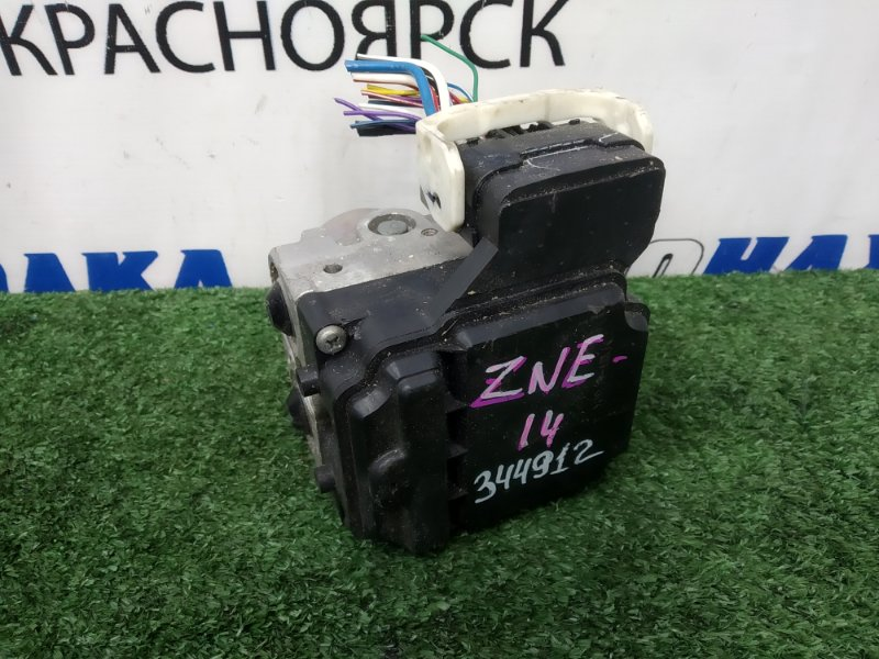 Блок abs Toyota Wish ZNE14G 1ZZ-FE 2003
