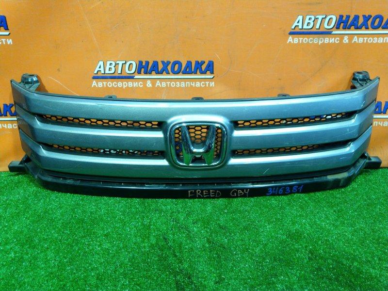 Решетка радиатора Honda Freed GB4 L15A передняя