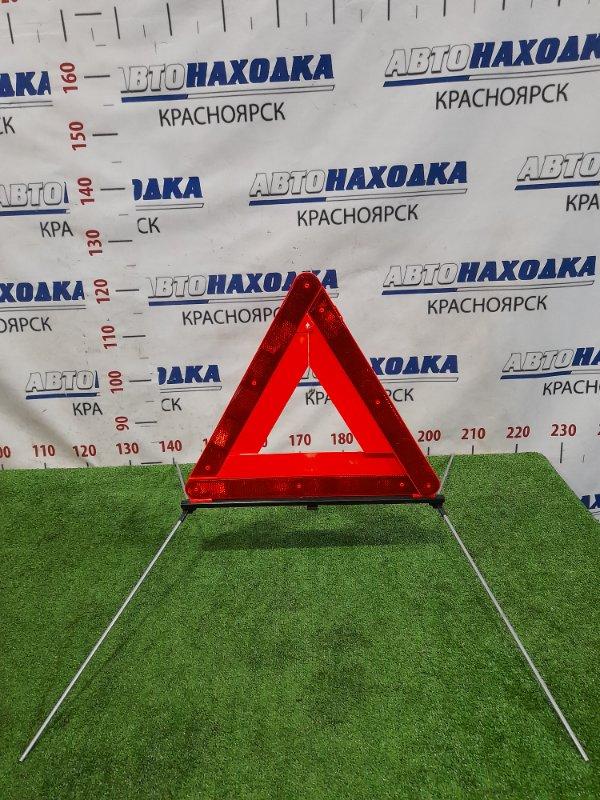 Знак аварийной остановки Mercedes-Benz E320 211.065 112.949 2002