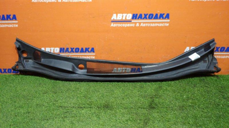 Решетка под лобовое стекло Toyota Ipsum ACM21W 2AZ-FE 2003