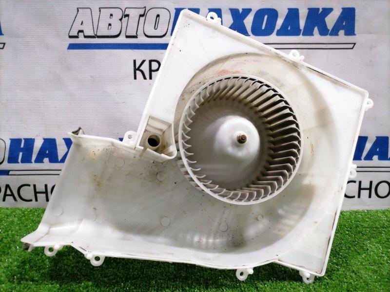 Мотор печки Nissan Primera TP12 QR20DE 2001 В корпусе, с фишкой, 2 контакта