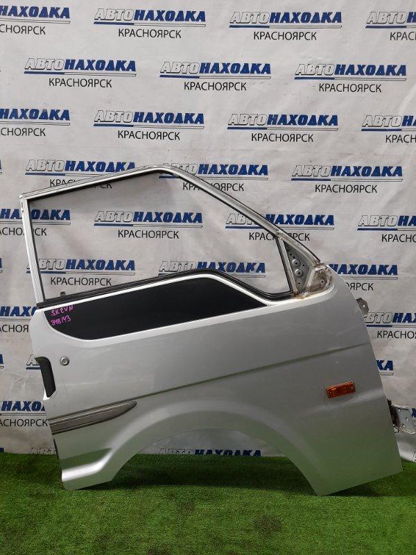 Дверь Mazda Bongo SKF2VN RF-T 1999 передняя правая передняя правая, без стекла. Почти в ХТС. Есть