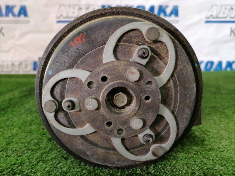 Компрессор кондиционера Nissan Presage TU30 QR25DE 2001 пробег 118 т.км.