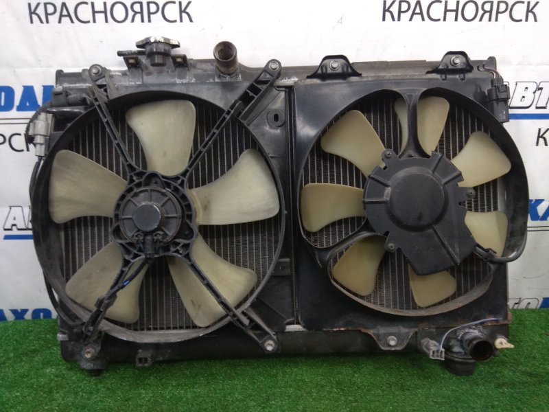 Радиатор двигателя Toyota Curren ST206 3S-FE 1995 МКПП, с дифузорами и вентиляторами