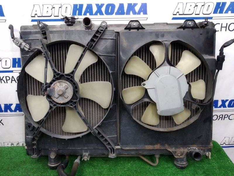 Радиатор двигателя Toyota Nadia ACN10 1AZ-FSE 2001 A/T, с дифузорами и вентиляторами