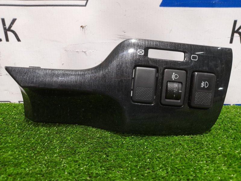 Накладка пластиковая в салон Subaru Legacy BH5 EJ20 2001 правая справа от руля с кнопкой