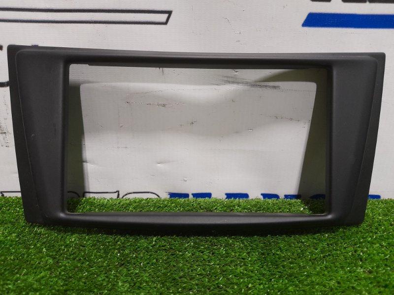 Консоль магнитофона Mercedes-Benz E320 211.065 112.949 2002 облицовочная рамка