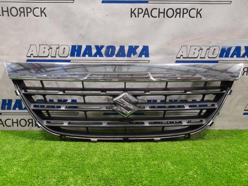 Решетка радиатора Suzuki Cervo HG21S K6A 2006 С хром накладкой. Есть дефекты хрома.