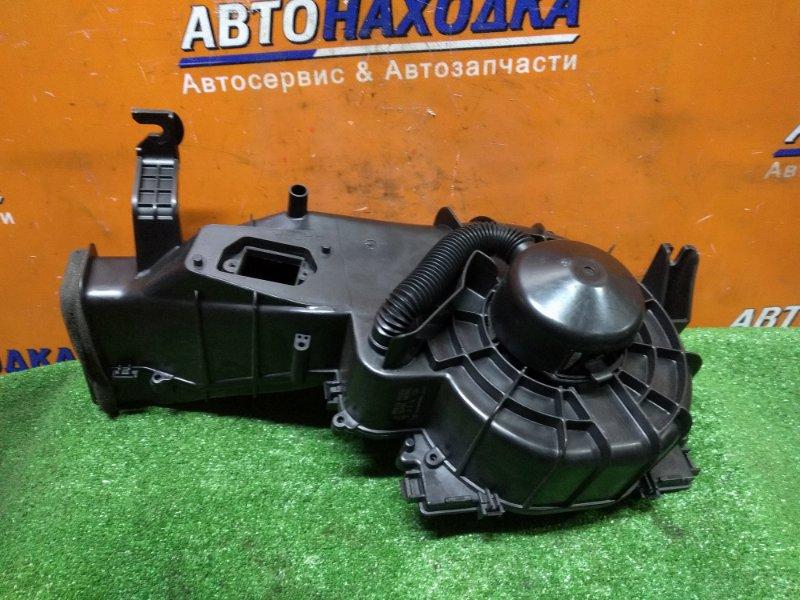 Мотор печки Subaru Impreza GG2 EJ152 02.2000 72210-FE000 ПОД РЕОСТАТ