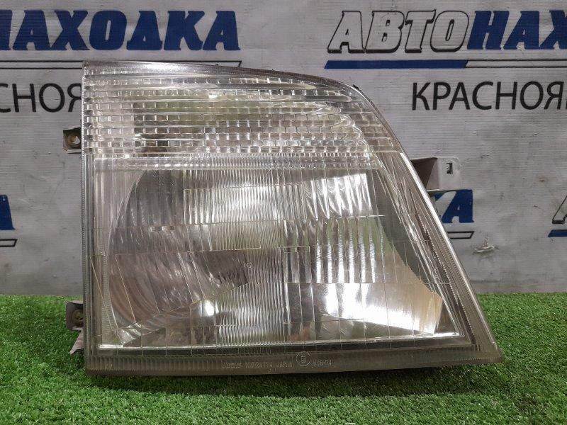Фара Nissan Caravan CQGE25 KA24DE 2001 передняя правая 100-24774 Правая, галоген (100-24774), есть микротрещины,