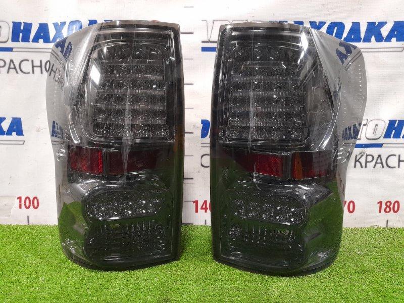 Фонарь задний Toyota Tundra GSK51 1GR-FE 2006 задний Тюнинг SPEC-D, комплект L+R, на правом не работает