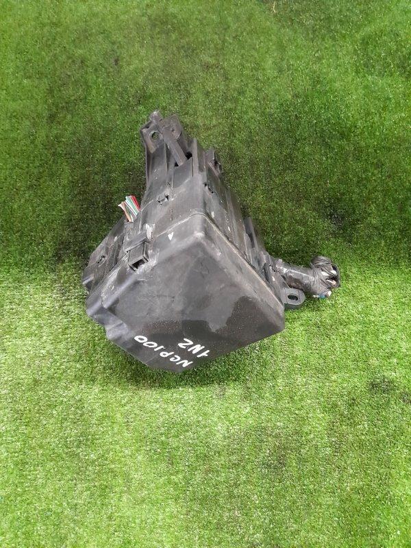 Блок предохранителей Toyota Ractis NCP100 1NZ-FE 2005 подкапотный, в сборе