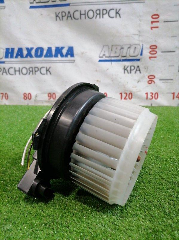 Мотор печки Suzuki Alto HA25V K6A 2009 С фишкой, 2 контакта, есть незначительный дефект на