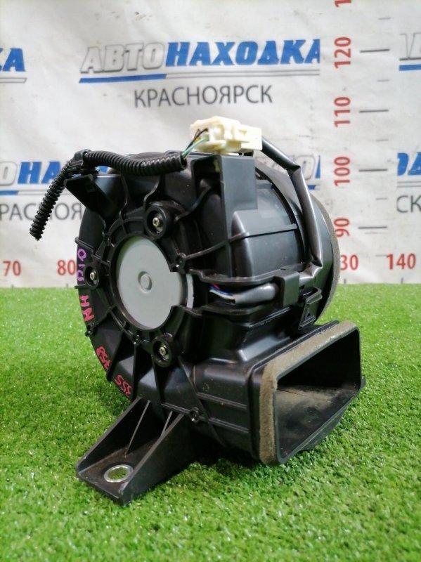Мотор охлаждения батареи Toyota Aqua NHP10 1NZ-FXE 2011