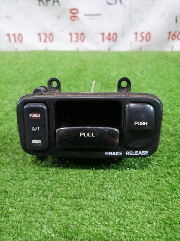 Кнопки в салон Nissan Gloria Y32 VG20E 1991 Power, A/T, Snow, Pull, Push