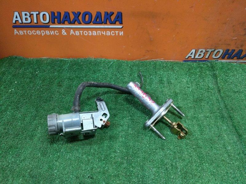 Главный цилиндр сцепления Honda Civic ES3 D17A 2002 +БАЧОК ВЫНОСНОЙ
