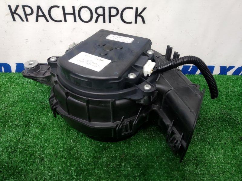 Мотор охлаждения батареи Honda Insight ZE2 LDA 2009 на охлаждение высоковольтной батареи,