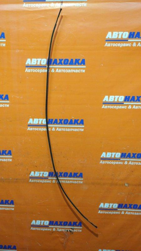 Молдинг на крышу Toyota Vitz KSP130 1KR-FE 2010 правый