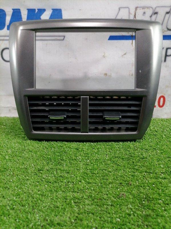 Консоль магнитофона Subaru Impreza GH7 EJ20 2007 С воздуховодами, в ХТС, все крепежи целые.