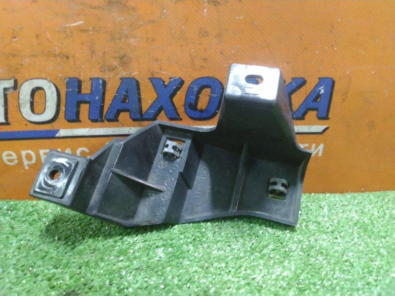 Клипса Mazda Demio DW3W B3 передняя правая D20150716 КРОНШТЕЙН РЕШЕТКИ РАДИАТОРА