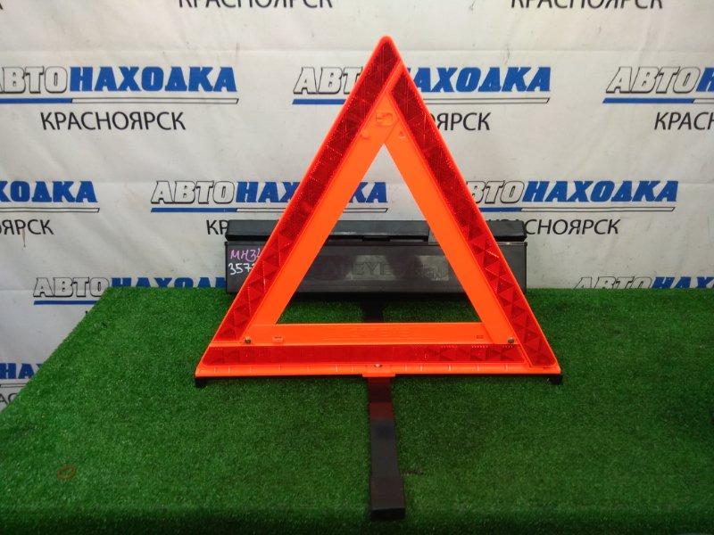 Знак аварийной остановки Suzuki Wagon R MH34S R06A 2012 В пластиковом кейсе