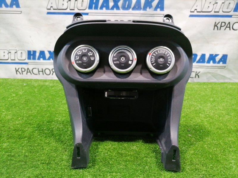 Климат-контроль Mitsubishi Lancer CY4A 4B11 2007 с кармашком, есть отверствия под провода.