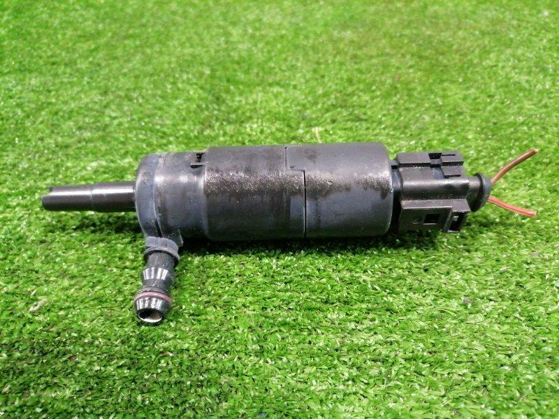 Мотор омывателя Audi A4 B7 ALT 2004 3B7955681 на фары