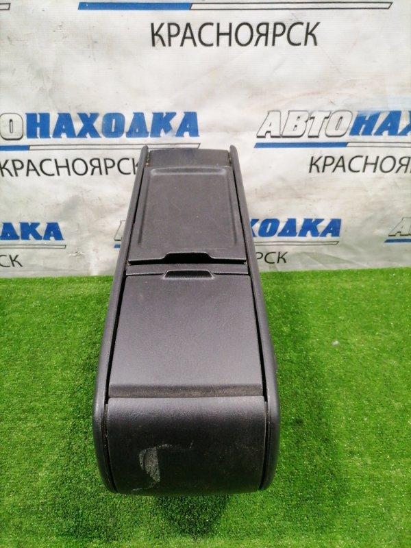 Бардачок Toyota Wish ZNE10G 1ZZ-FE 2005 консоль между передних сидений с бардачком (баром), есть