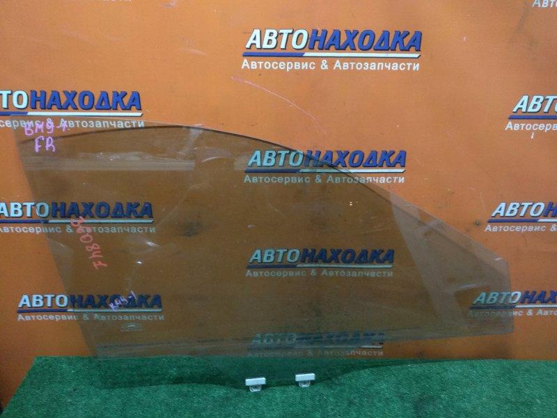 Стекло боковое Subaru Legacy BM9 EJ255 10.2009 переднее правое