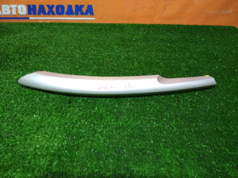 Пластик салона Toyota Ist NCP60 2NZ-FE 2002 правый длинная