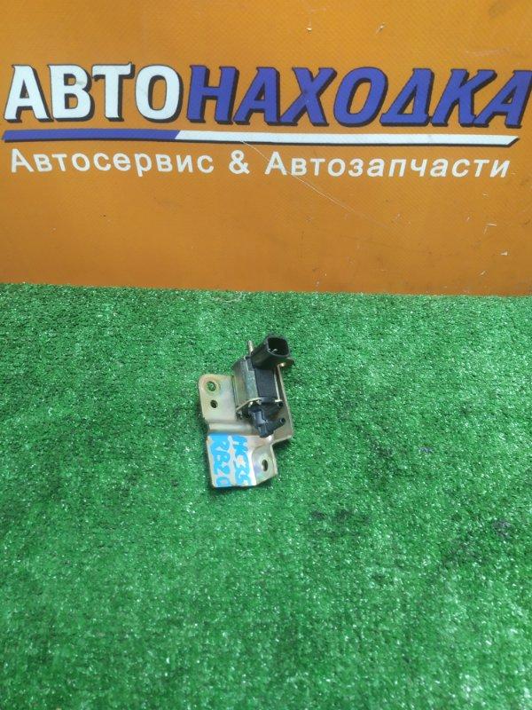 Клапан Nissan Laurel HC35 RB20DE 05.2001 5T46582