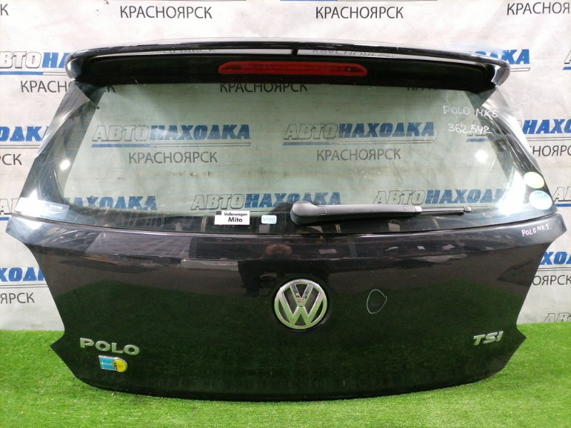 Дверь задняя Volkswagen Polo 6R1 CBZC 2008 задняя в сборе, со спойлером. Есть вмятина, потертости.