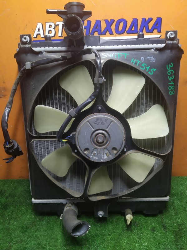 Радиатор двигателя Suzuki Swift HT51S M13A 03.2004 БЕЗ ТРУБОК ОХЛАЖДЕНИЯ. С ДИФФУЗОРОМ
