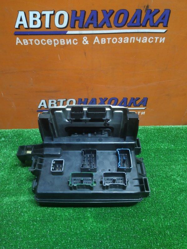 Блок предохранителей Dodge Magnum LXDP49 EZB 2005 P04692026AB +КОМПЬЮТЕР P05026021AA Блок Body control module Dodge