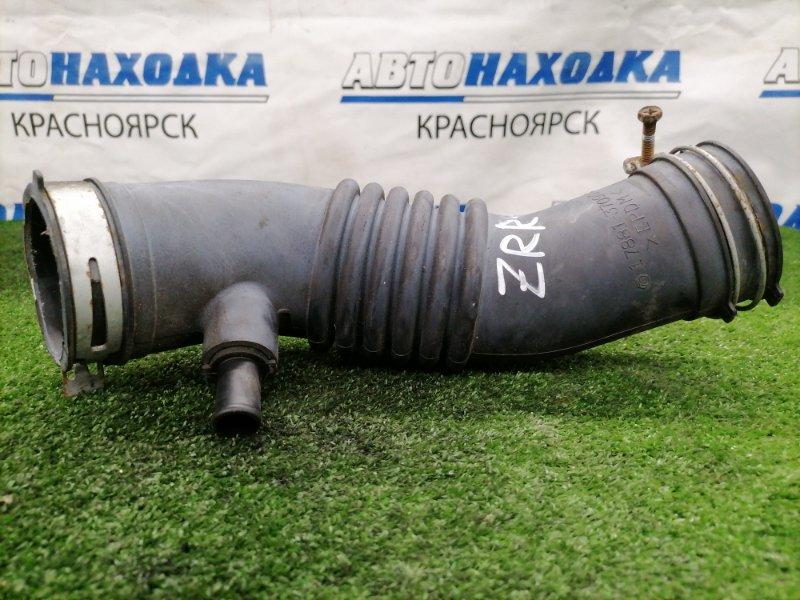 Патрубок воздушного фильтра Toyota Voxy ZRR70G 3ZR-FE 2007 гофра на дроссель.
