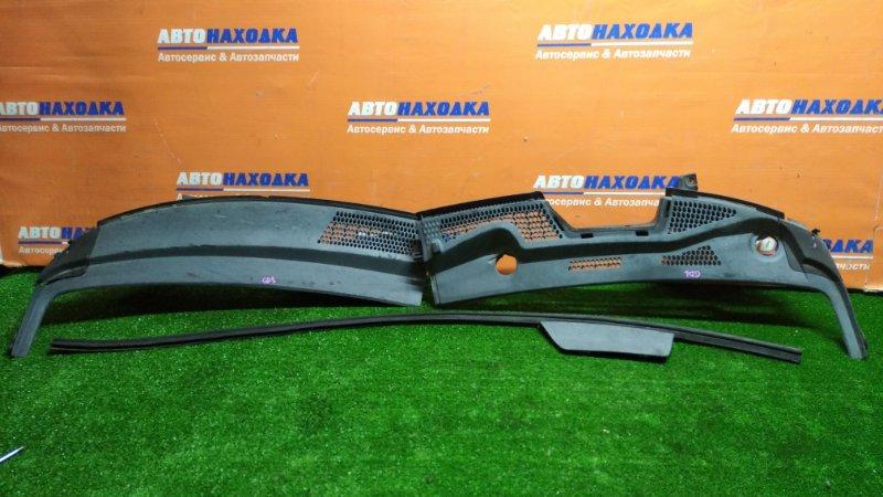 Решетка под лобовое стекло Honda Fit GD1 L13A 2001 1 форсунка//сломано крепление у заглушки