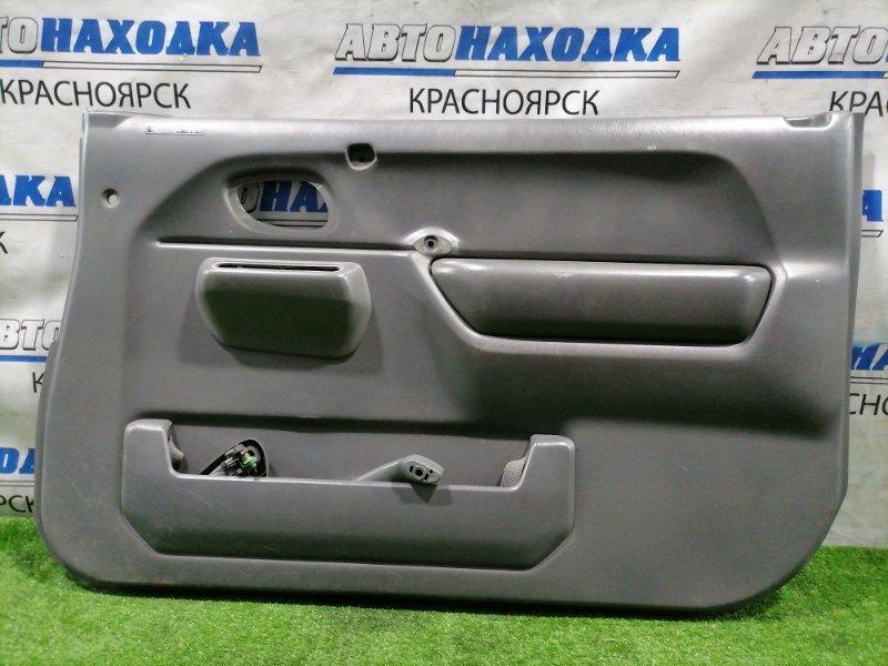Обшивка двери Suzuki Jimny JB23W K6A 1998 передняя правая Передняя правая, есть потертости