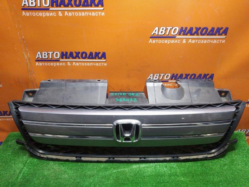 Решетка радиатора Honda Mobilio Spike GK1 L15A передняя 71122-SEY-003