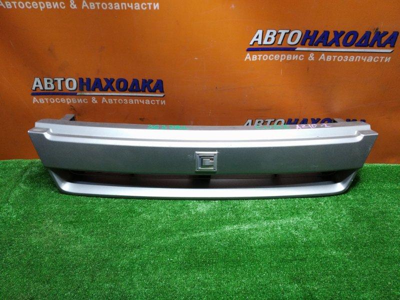 Решетка радиатора Nissan Cube AZ10 CGA3DE 08.2002 62310-2U764 2MOD.