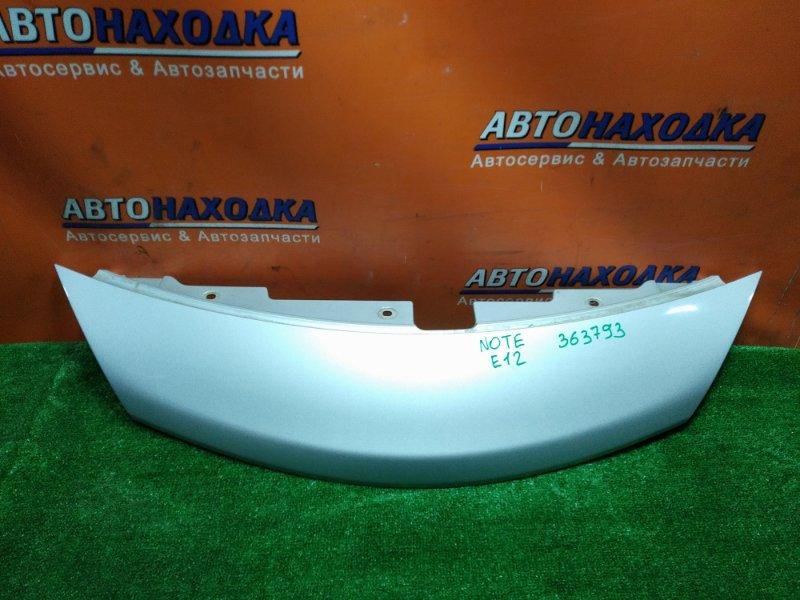 Решетка радиатора Nissan Note E12 HR12DDR передняя 62320-3VA0H ВЕРХНЯЯ ЧАСТЬ ОСНОВНОЙ РЕШЕТКИ