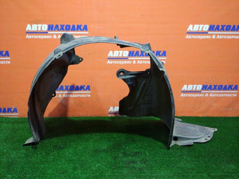 Подкрылок Nissan Tiida Latio SC11 HR15DE 2004 передний правый